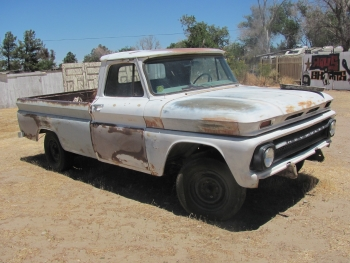 Junk Chevrolet Pick Up Truck to Sell to Junk Yard